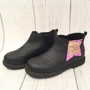 OSH KOSH B'GOSH  Glitter Star Ankle Boots Ophelia